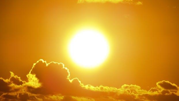 نور خورشید چشماتونو نمی زنه؟